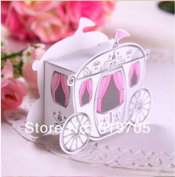 FREE SHIPPING 200pcs/ lot Prince and Princess Carriage Happiness candies box Gifts box Wedding favors boxes(China (Mainland))