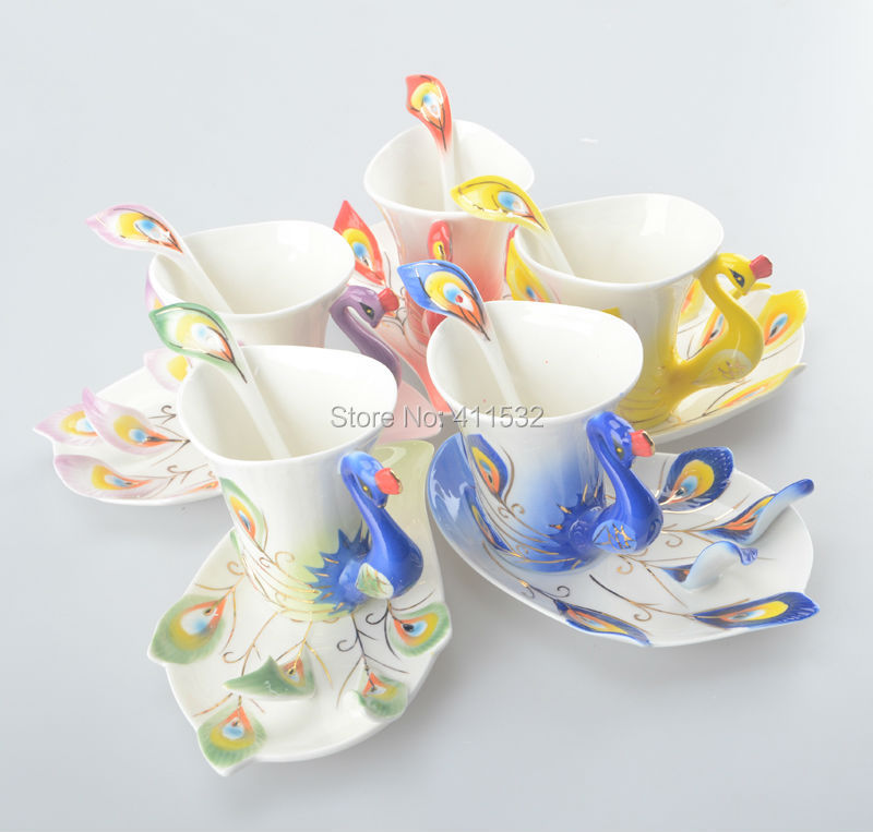 Peacock Cup mugs Ceramic porcelain enamel couple cups wedding birthday gift creative tea cup Six-color Optional CU34143154(China (Mainland))