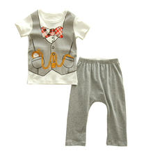 2016 baby Girls Christmas Pajamas 100%cotton short Sleeves T Shirt +pants 2pcs Baby Clothes Set Retail(China (Mainland))