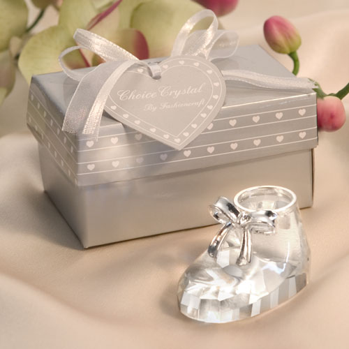 25Pcs Free Shipping Shoe Design Baby Shower Gift For Guest Crystal Party Favors Baptism New Born Kids Birthday Party Favors Box(China (Mainland))