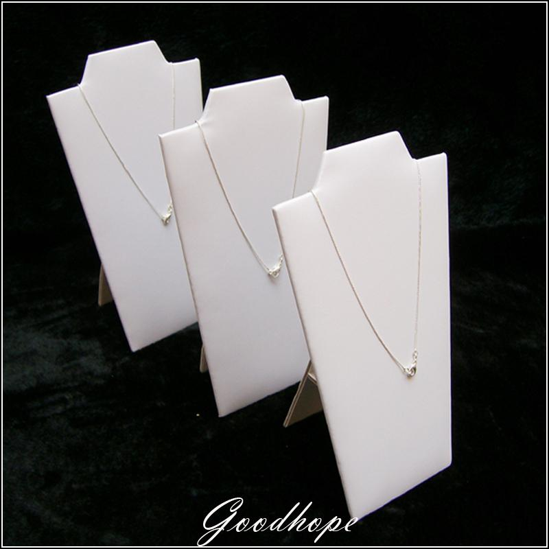 WHITE FAUX LEATHER CHAIN BOARD SHOWED CASE NECKLACE DISPLAY STAND NECKLACE LINER FOR JEWELRY TRAY SHOWCASE PENDANT HOLDER BUST(China (Mainland))