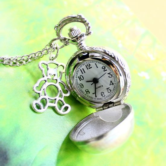 The new trade Necklace White steel ball bear pocket watch students sweater chain XH132(China (Mainland))