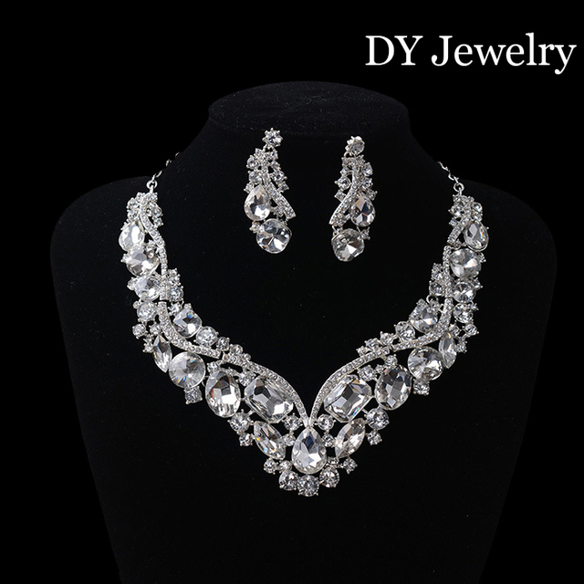 2016 Top quality Luxuious Crystal Wedding jewelry sets Silver Clip Earring Jewelry set for bride Wedding dress accessories