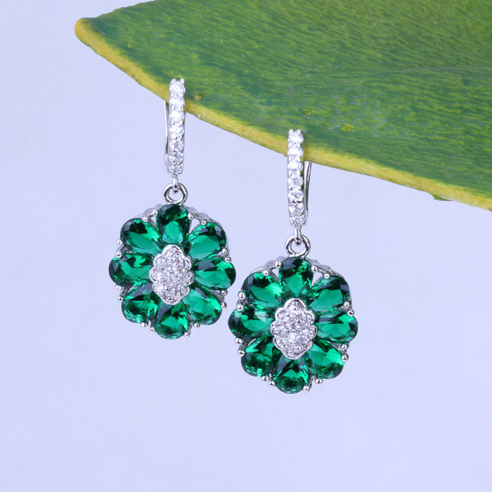 Pretty Green Emerald Flower Earrings for Women Fashion Wedding Jewelry 18K Gold Plated Drop Earrings J0344<br><br>Aliexpress