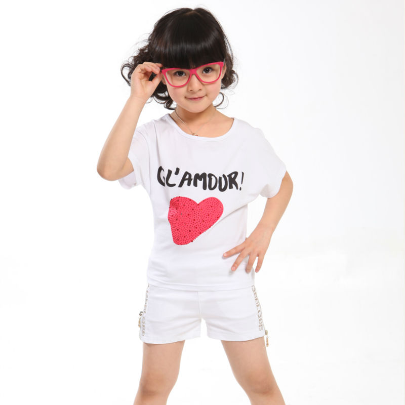 2014 HOT SUMMER GIRL COTTON T-SHIRT SETS : WHITE HEART PRINT BATWING SLEEVES T-SHIRT AND SHORT PANTS(China (Mainland))