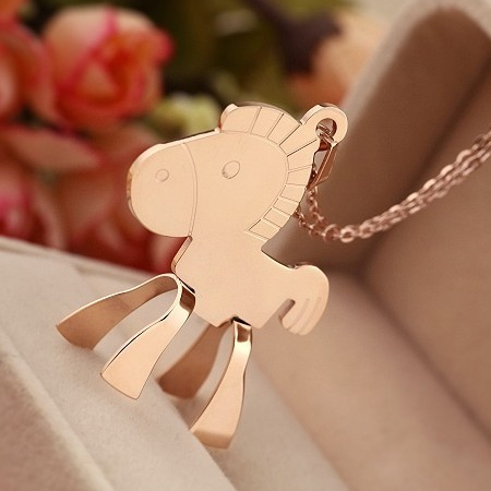 2015 New Design Fashional Horse Shape Metal Pendant Sweater Necklace Wooden Horse Necklace(China (Mainland))