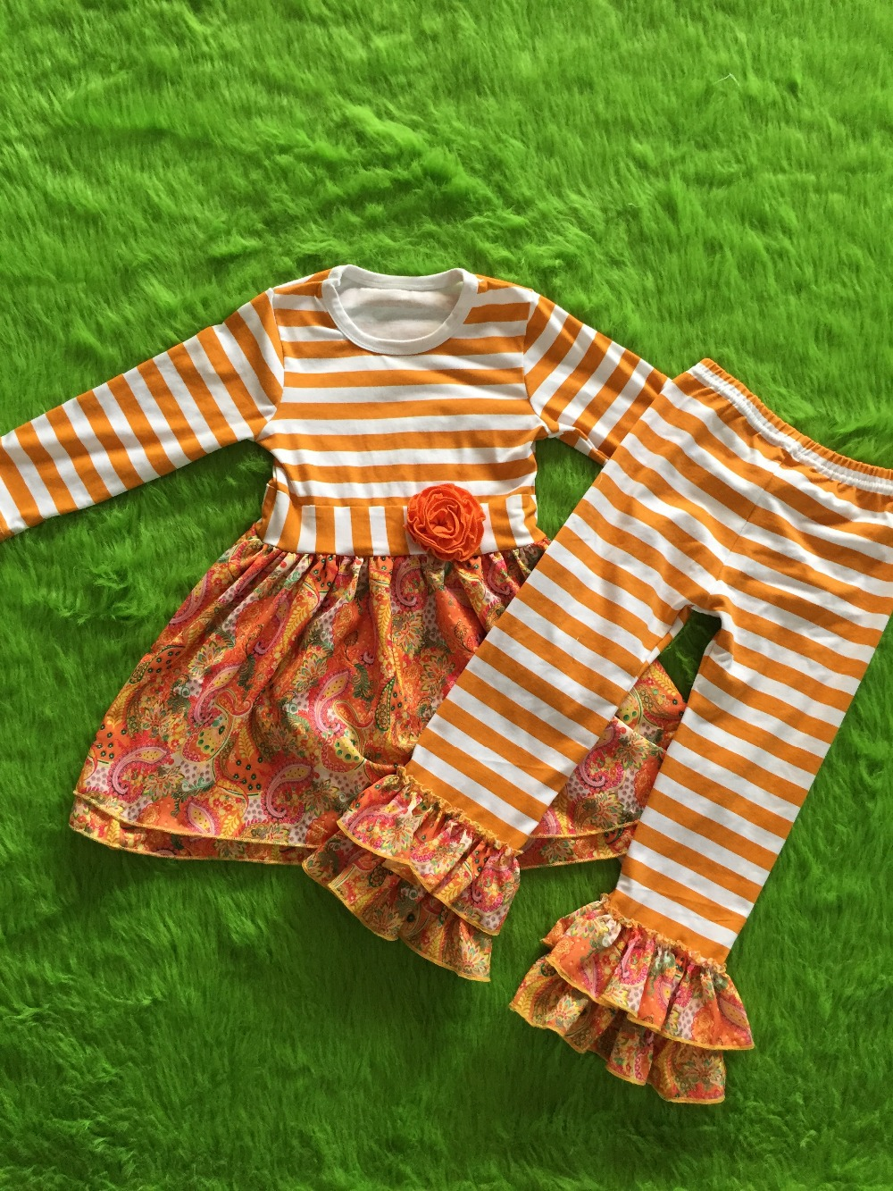childrens clothing boutique baby girls fall clothing sets dress and pants clothes sets 2pcs outfits(China (Mainland))