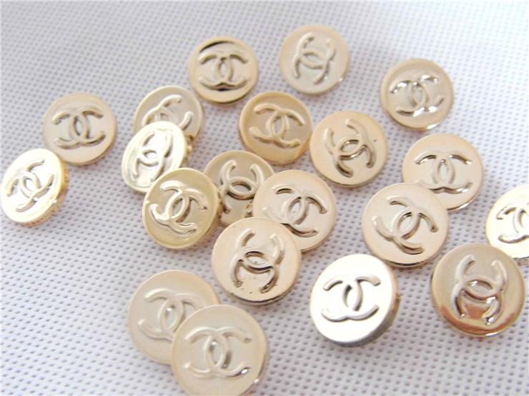 1 Lot/60pcs Fashion Light Gold Brand C Logo Buttons 15MMX15MM ABS Resin Button Garments DIY Accessories Diy Buttons(China (Mainland))