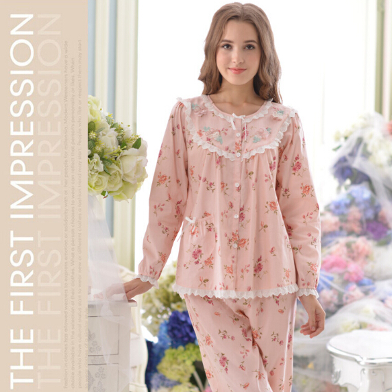 Pink Floral Pajamas Womens Lace Embellished 2016 New Arrivals 100% Cotton Female Pajama Set Free Shipping (Top + Pants)(China (Mainland))