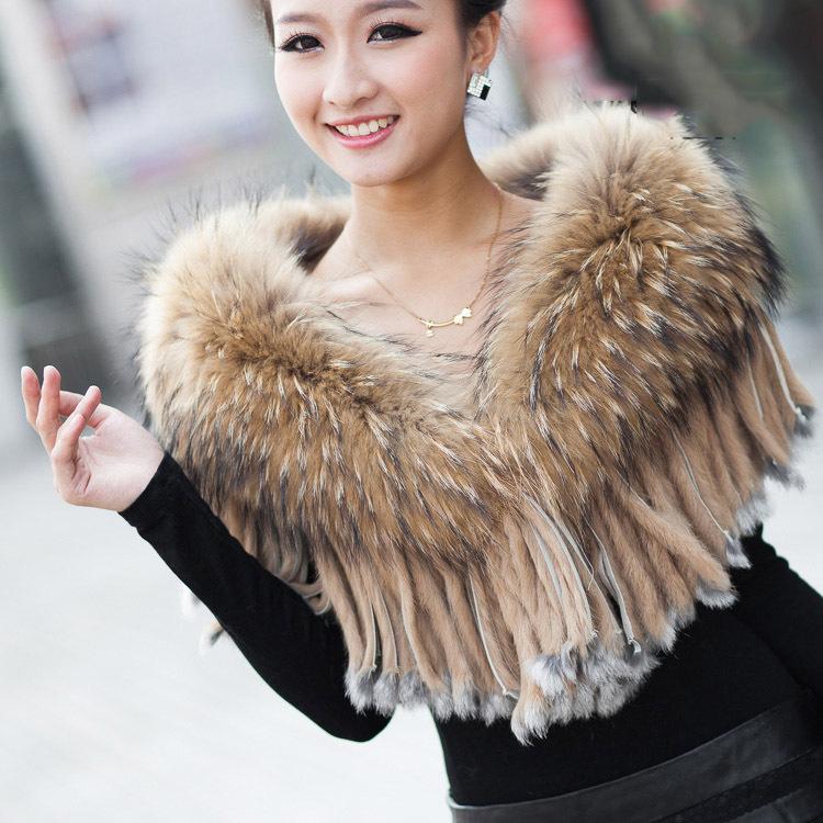 Картинки по запросу меховой шарф мода