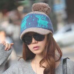 Korean Style Christmas Gift Women's Winter Knitting Wool Hats Peaked Caps Deer Pattern Lady's Accessory free shipping MZ0138(China (Mainland))