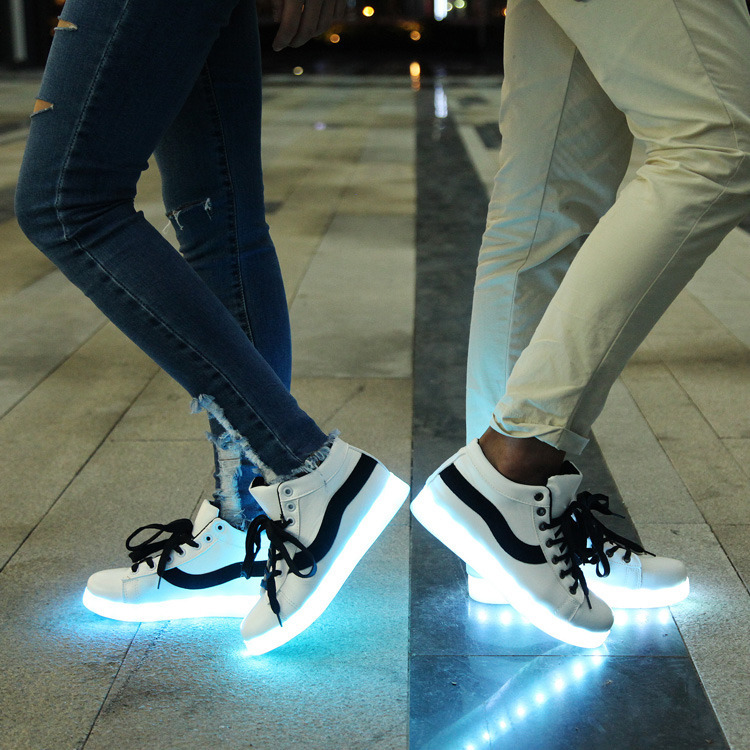 Led Shoes for Adults Fashion Women/Mens Light Up Shoes for Adults Plus Size Black/Red Color Shoes New 2015 Size 35-44<br><br>Aliexpress