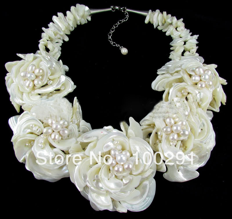Factory direct sale//! FPN014 fashion flower freshwater pearl stone jewelry necklace(China (Mainland))