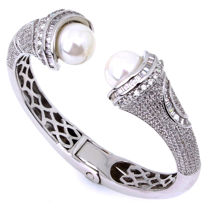 Latest Luxury Women Pearl Bangles Jewelry Accessories Birthday Gift Micro Pave Setting Top Grade Cubic Zirconia Platinum Plated(China (Mainland))