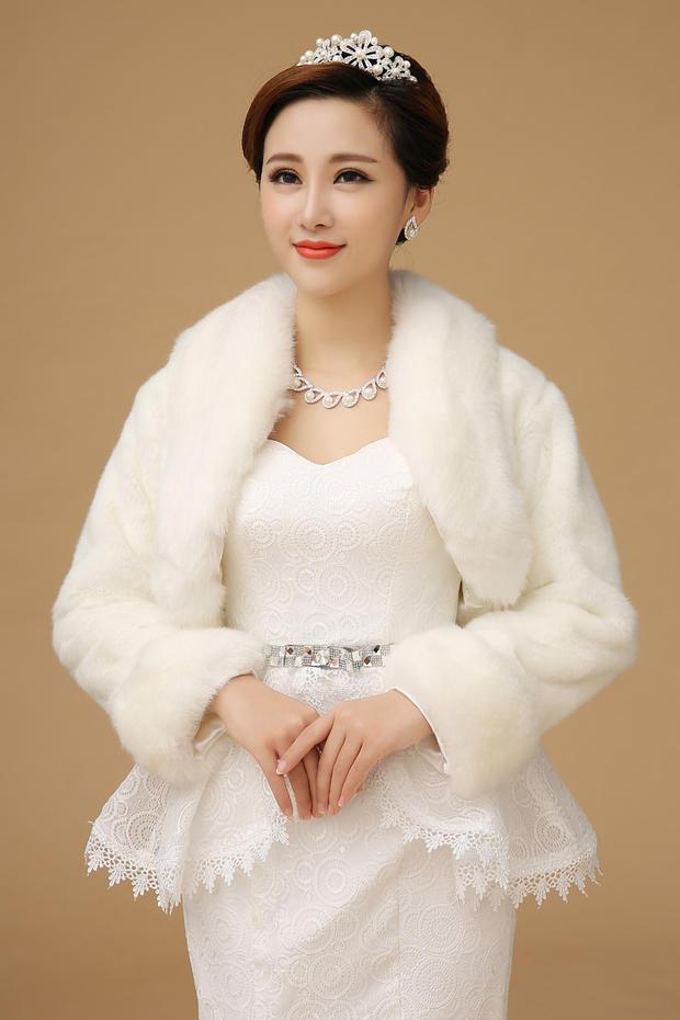 2016 Hot Sale Ivory Color Sleeveless High Quality Faux Fur Boleros Coat Wedding Jacket Bridal Jackets Free Shipping OJ00192(China (Mainland))