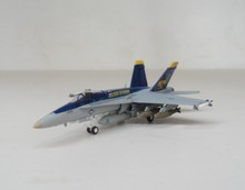 "hogan 1:200 F-18C US Navy VFA-192 ""Golden Dragons"" USS George Washington NF 300(China (Mainland))"