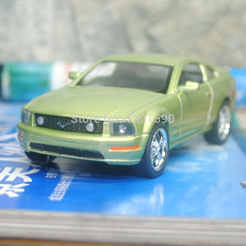 Brand New KT 1/38 Scale USA Ford 2006 Mustang GT Diecast Metal Pull Back Car Model Toy For Gift/Collection/Kids(China (Mainland))