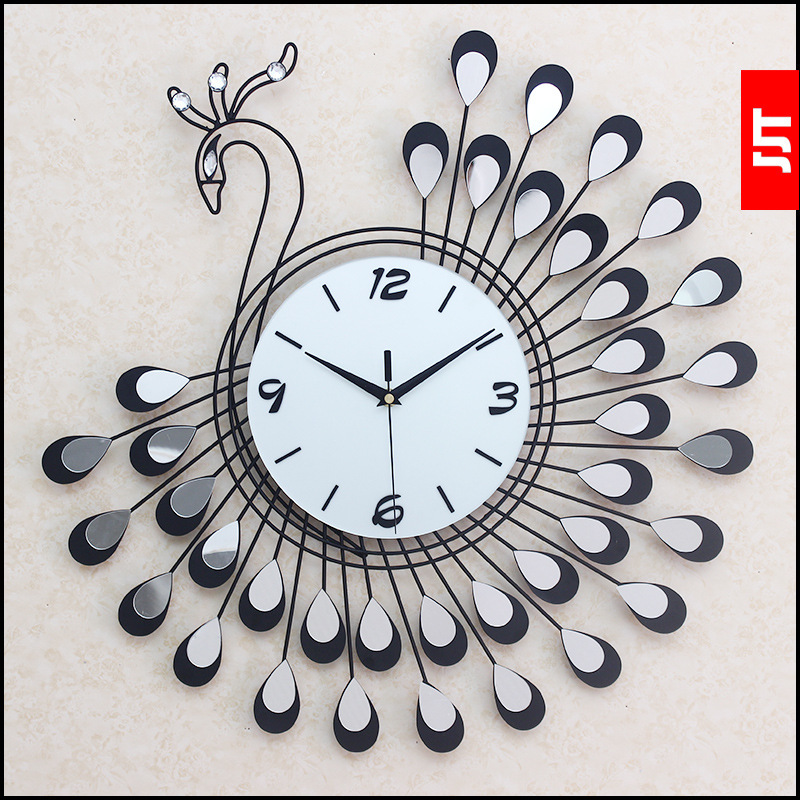 2016 new iron peacock wall clock fashion home atmosphere tone decorative clocks Boutique clock All-match style Peacock graphics(China (Mainland))