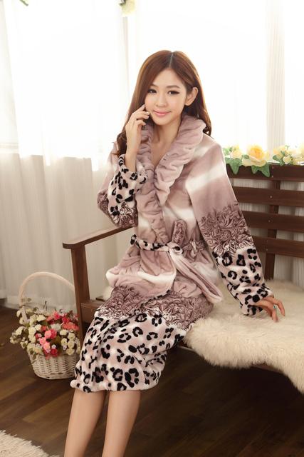 2015 зимние женщин ночная рубашка платье женщин фланелевые леопарда халаты утолщение ...