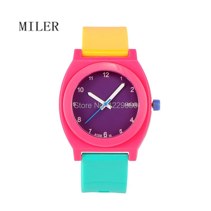 Children's Plastic WristWatches Students Sports Watches Birthday Gift For Kids Girls And Boys Colourful(China (Mainland))