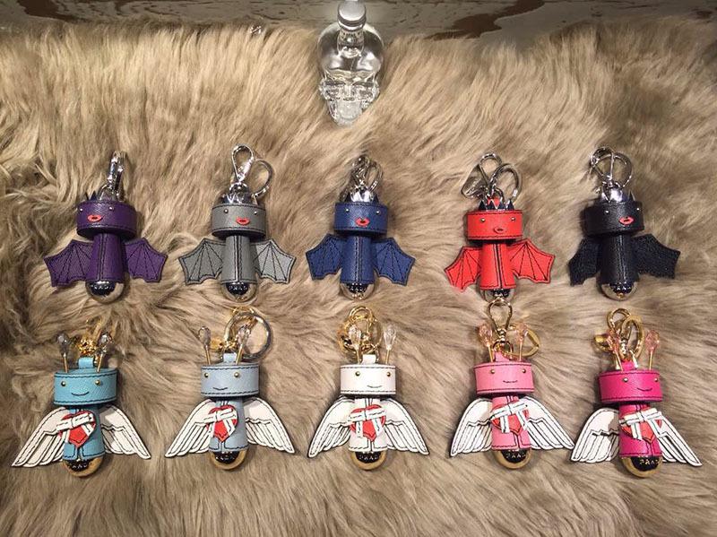 ASiDun Hot Fashion Angels and Demons bag accessory bag hook hanger<br><br>Aliexpress