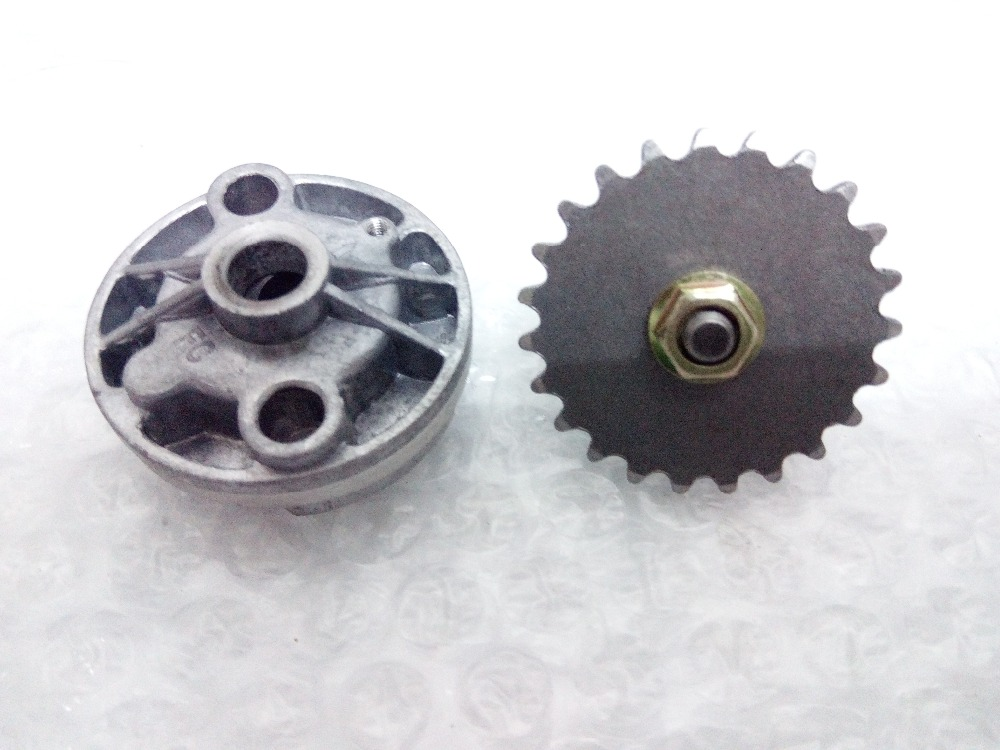 GY6 125cc 150cc Scooter ATV 152QMI 157QMJ oil pump assy with sprocket for Chinese gas scooter moped(China (Mainland))