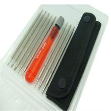 Destornillador del teléfono móvil de la tableta juego de destornilladores herramientas de mantenimiento electrónico BT-8818D triángulo destornillador conjunto de herramientas