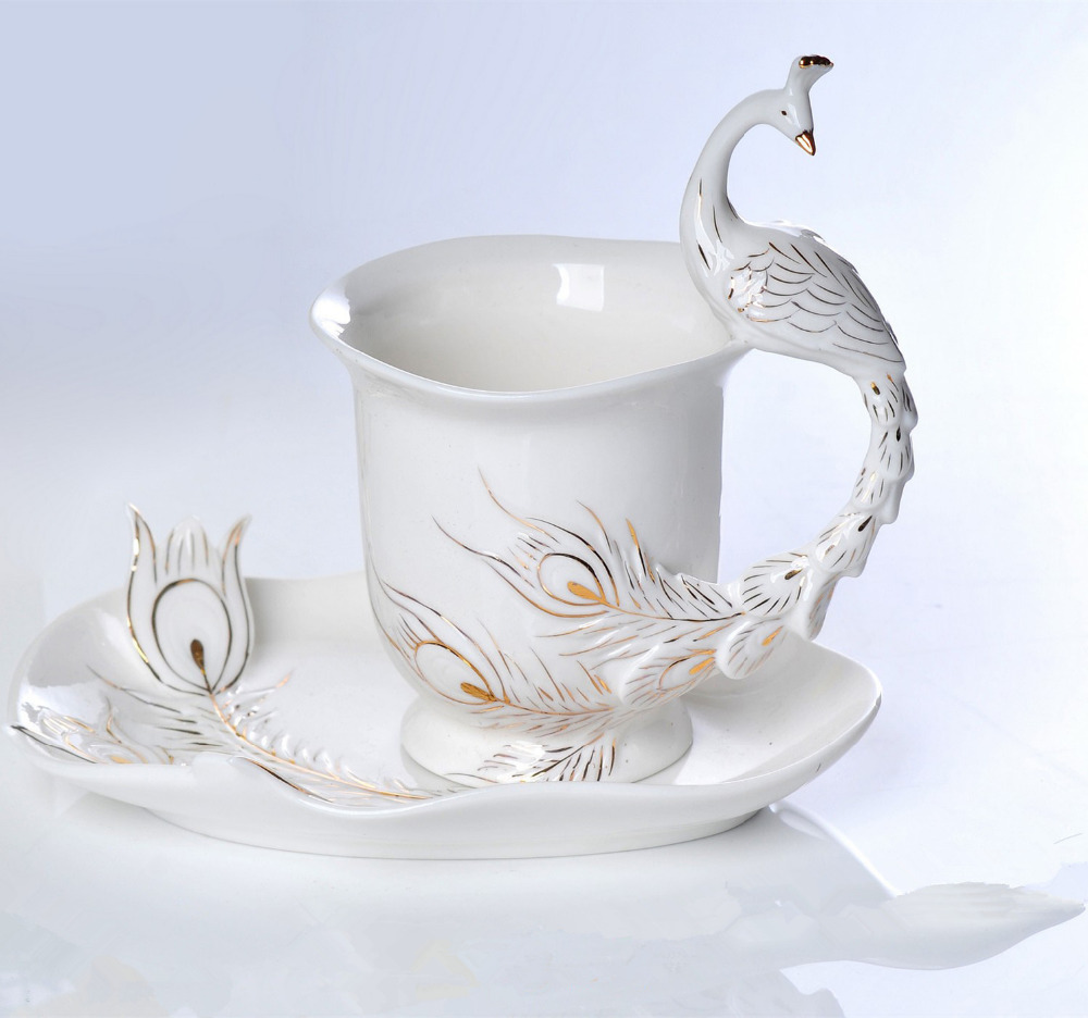 Peacock Enamel Mug Porcelain Coffee Cup Creative Ceramic Cups And Saucers European Bone China Tea Milk Sets(China (Mainland))