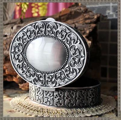 Antique tin alloy circular storage box jewelry box princess storage box Gifts. Valentine's Day, birthdays Wholesale(China (Mainland))