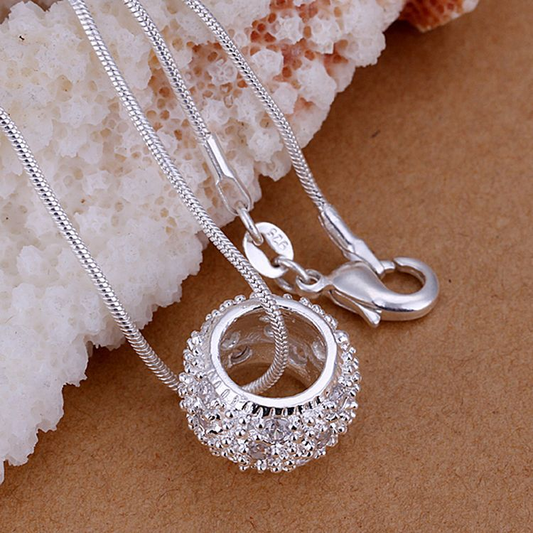 2015HotSale Fashion Gif Exquisite Hot Wholesale Mid Finger Ring Silver Pendant Pendant Jewelry Plated Silver Inlaid Stone Circle(China (Mainland))