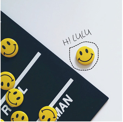 Fashionable Smile Brooches Cute EMOJI Brooch Pin Garment Bag Hat Accessories 10pcs/Lot(China (Mainland))