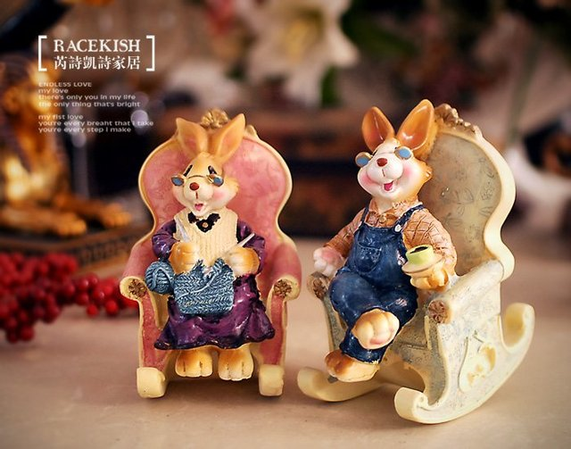 HOT SALE!!! Free Shipping rabbit couple in chair resin decor/ resin decoration / desk resin craft/ table ornament