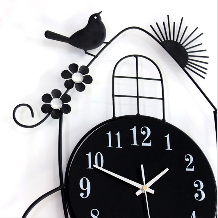 Big wrought iron metal bird wall clock moderne clocks
