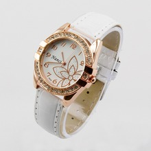 WH137 girl hour clock Exquisitely Flower New Fashion Jewelry Simulated Diamond Ladies' PU Leather Quartz Wristwatches For Women