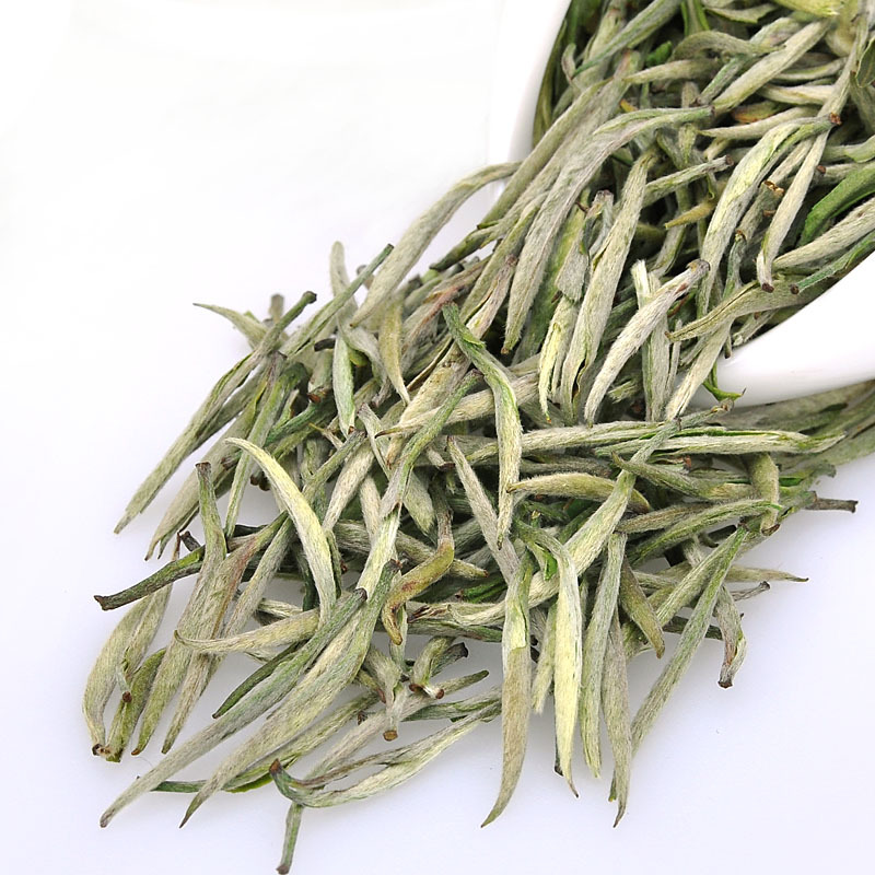 New 2014 Tea Premium Yellow Tea Junshan Yinzhen Chinese Ten Famous Tea Junshan Silver Needle 50g