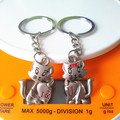 New Fashion Lovely Cat Couples Key Chain Charming Keychains Couple Key Ring Flash Bright Metal Chain