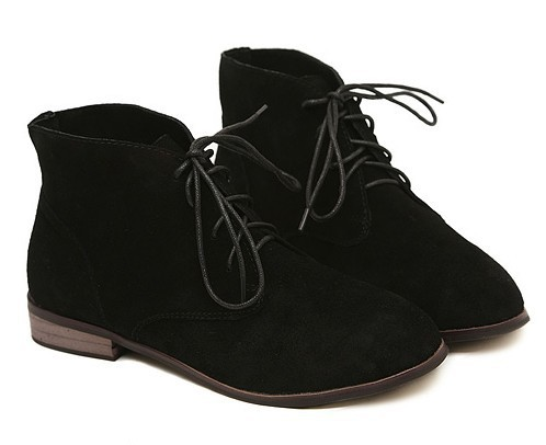 flat lace up ankle boots