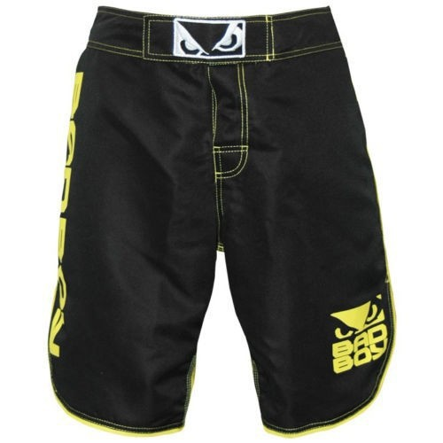 USA 2015 new MMA Trunks Muay Thai boxing trunks fight Fitness trunks Letters printed bermuda de luta Global free shipping(China (Mainland))