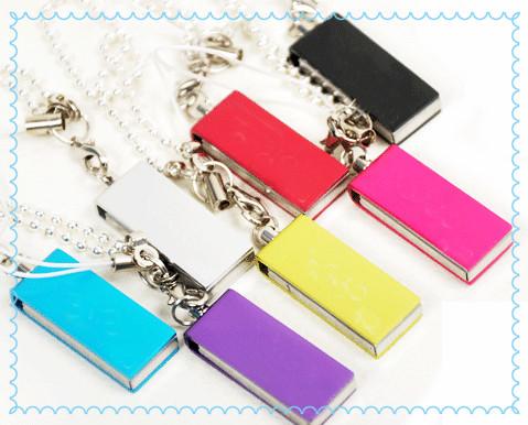 Classic Carton Minions Pen Drive Pendrives 4gb 8gb 16gb U Disk Flash Card hot sale Memory stick Usb Flash Drive(China (Mainland))