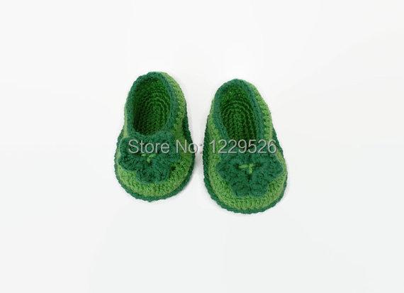 Crochet baby booties Irish green Crochet shamrock First st patrick day Green crochet baby shoes St patricks Crochet clover(China (Mainland))