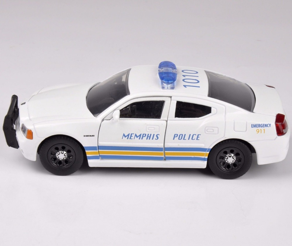 1/32 Scale Jada Diecast Car Model Toys Muscle 2010 Dodge Charger Memphis Police Model Diecast Car Toys For Children Gifts C(China (Mainland))