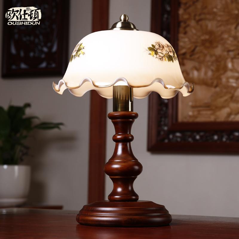 republican nostalgia retro fashion table lamp bedside lamp bedroom lamp solid. Black Bedroom Furniture Sets. Home Design Ideas