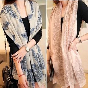 2015 Hot Sale Fashion Women Elegant Retro Blue and White Chiffon Scarf Print Silk Scarf Shawl Free Shipping 18008(China (Mainland))