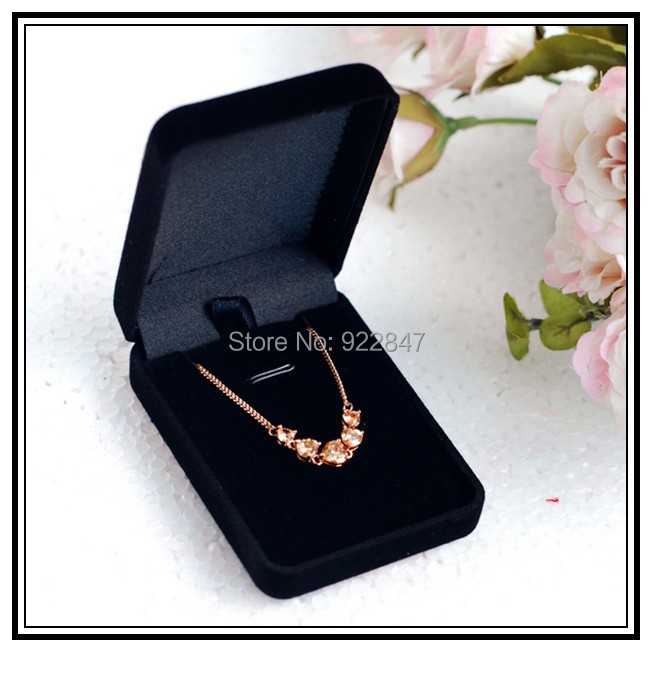Free shipping Wholesale 12pcs/Lot 7.7x5.7x2.7cm Black Fashion Velvet Jewelry Necklace Gift Packaging Display Box Case(China (Mainland))