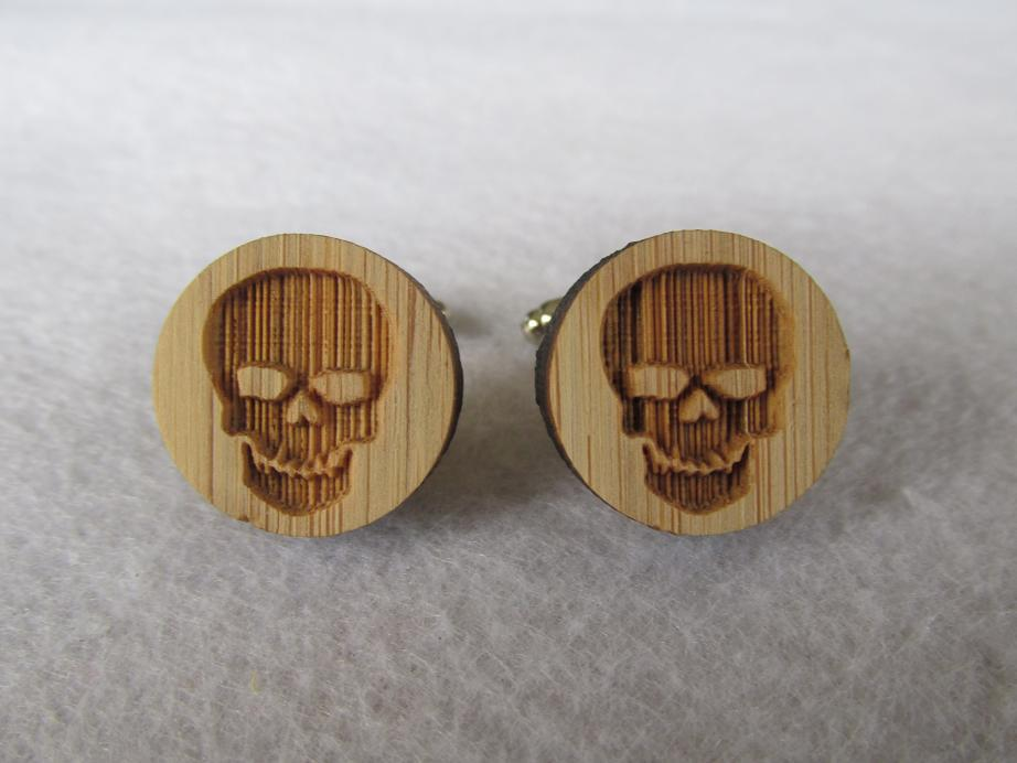 2015 New Arrival Bamboo Wood Skull Cufflinks Antique Human Skull Cuff Links for Men(China (Mainland))