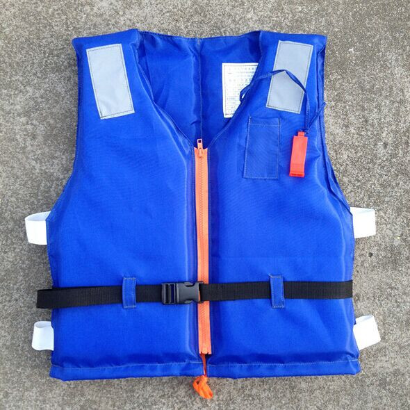 Kids Life Vest For Fishing Sandbeach Best Quality Water-Skiing Jackets Surfing Vests With Whistle Jacket Survival Suit(China (Mainland))