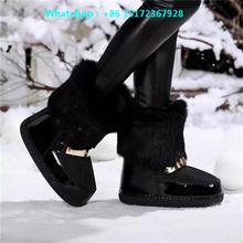 Invierno caliente de las Nuevas Mujeres de Charol Botas de Nieve Plana Zapatos Mujer Botas de Punta Redonda de Las Mujeres Decoración de Metal Zapatos de Piel de Conejo mujeres(China (Mainland))