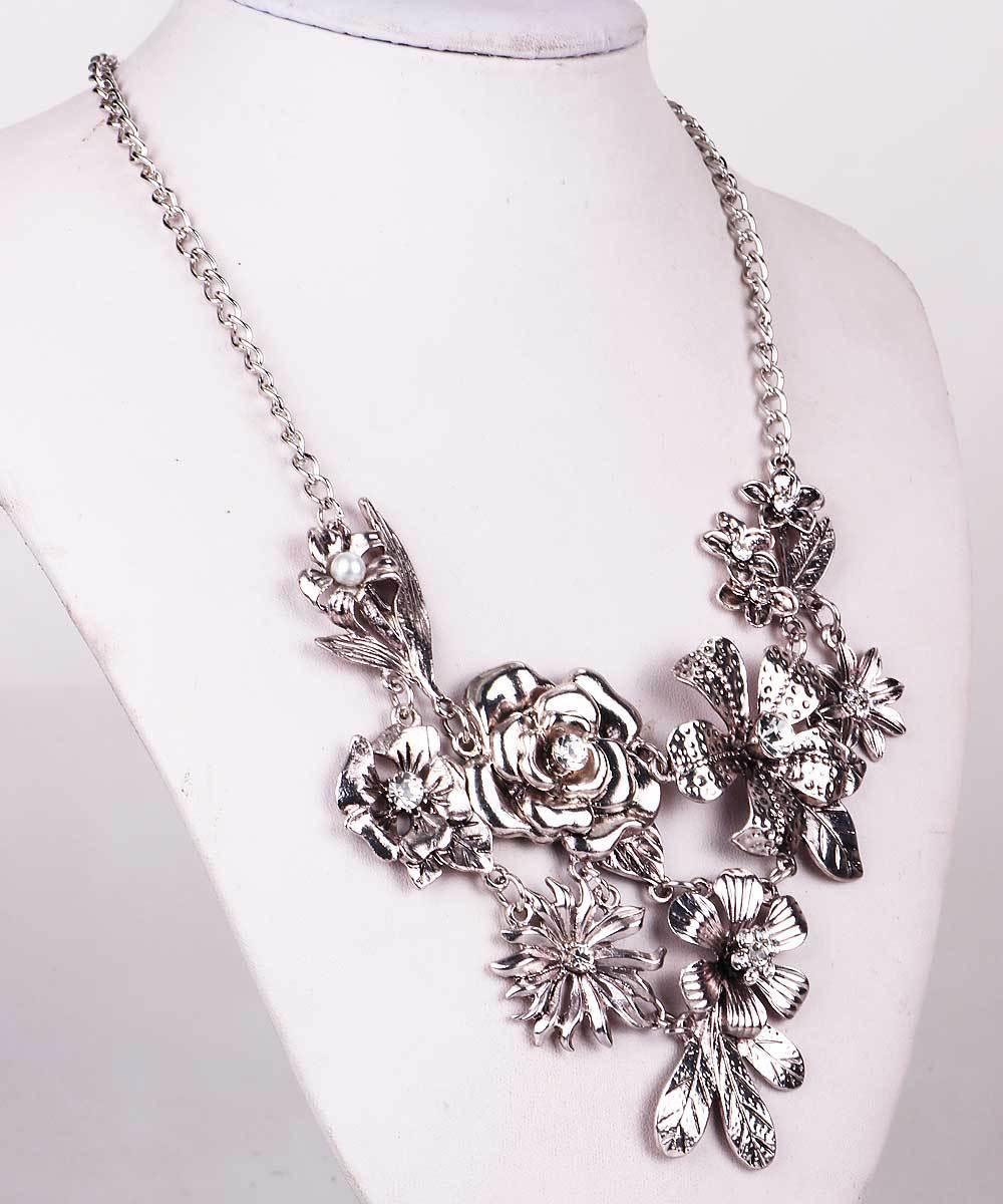 New Handmade Fashion Women Necklaces ancient Silver Flower Rose Rhinestone Style Bib Statement Chunky Choker Necklaces pendant(China (Mainland))