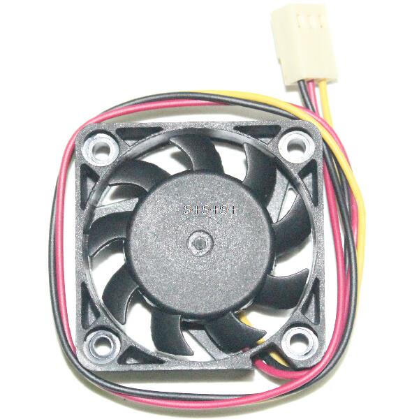 10pcs/lot DC 12V Computer CPU Cooler 3Pin Mini Cooling Fan 40MM 40x40x10mm Small Exhaust Fan for 3D Printer 4010 3 pin 40x40x10(China (Mainland))