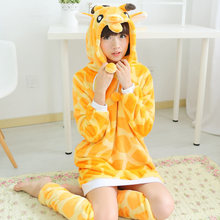 Spring Winter Women Cartoon Animal Giraffe Flannel Hooded Robe Bathrobe Nightgown Pajama Sleepwear Flannel with Leg Warmers(China (Mainland))